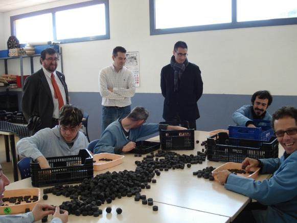 Visita de l'exconseller comarcal Alfons Molons a les instal·lacions de Aspronis. Foto: CC Maresme