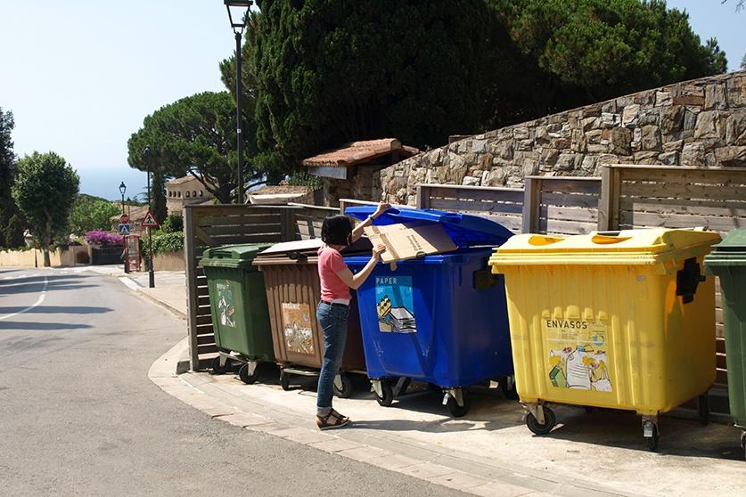 L'Ajuntament de Sant Vicenç aposta des del 2006 per la recollida selectiva. Foto: Aj. Sant Vicenç