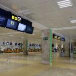 L'aeroport de Girona inicia una lenta recuperació de passatgers