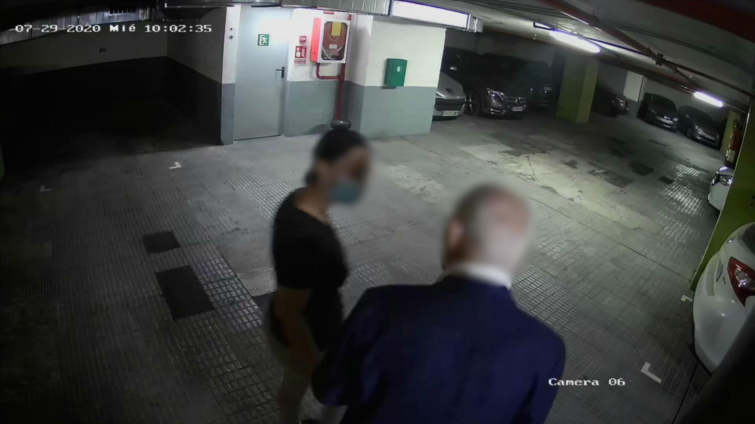 Imatge d'un dels robatoris a gent gran en un pàrquing el dia 29 de juliol