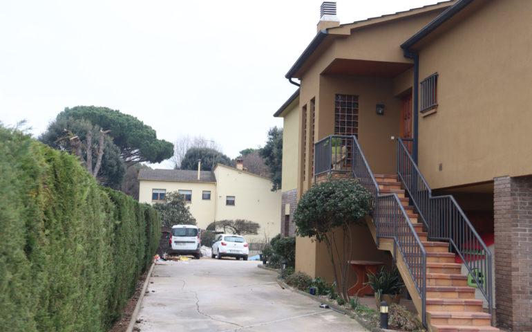 Pla obert de la casa on s'ha produït un robatori amb violència la matinada del 2 de gener. Foto: ACN - Aleix Freixas