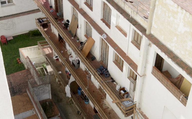 Façana de La Bruna, a l'antic hotel Gaviota de Calella. Foto: ACN - Jordi Pujolar
