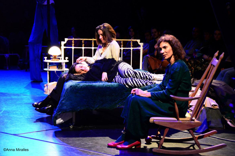 """""""Com menja un caníbal"""", de la companyia de teatre La Virgueria. Foto: Anna Miralles - La Virgueria"""