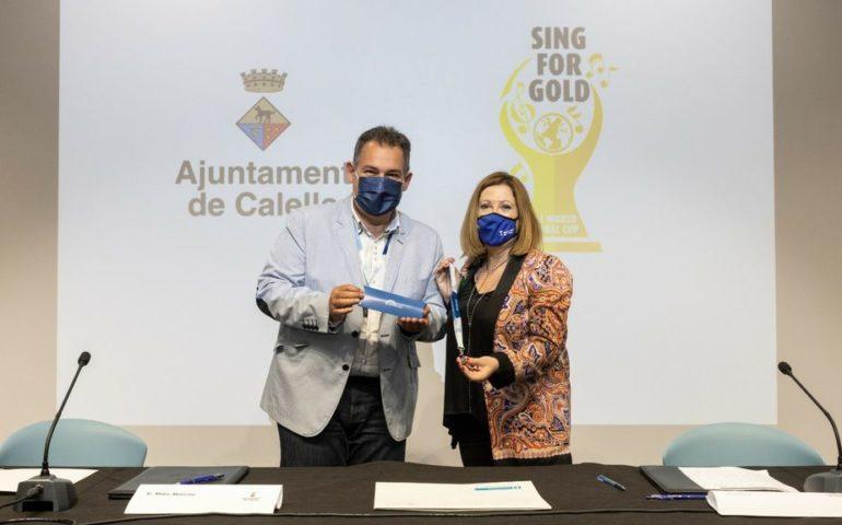 Signatura del conveni entre l'Ajuntament de Calella i la Fundació alemanya Interkultur. Foto: Aj. Calella