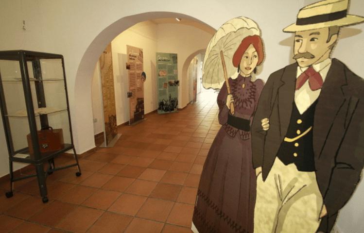 """Exposició """"El Llegat Indià, un passat en comú per descobrir"""", a la Sala d'Exposicions García Tornel. Foto: Aj. Blanes"""