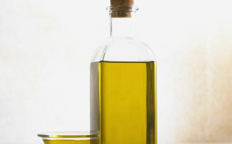 La Selva només recicla un 8% de l'oli domèstic.